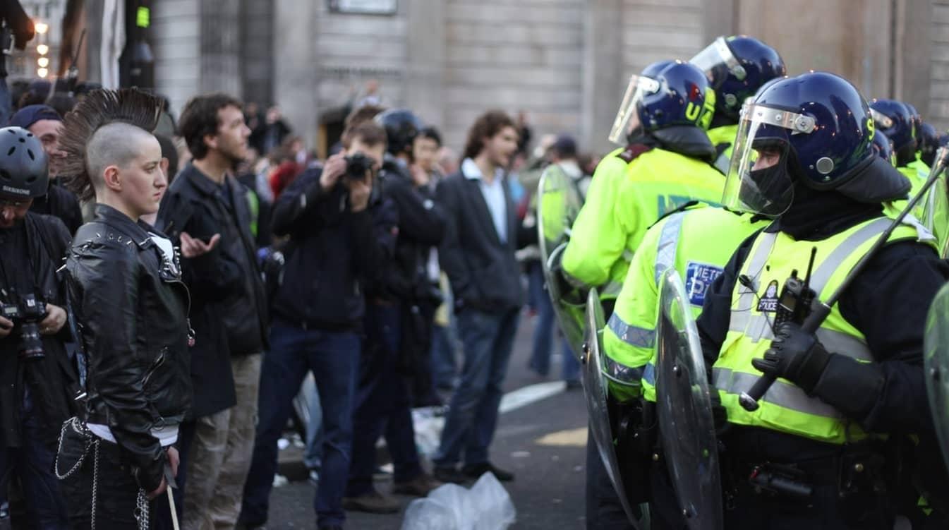 manifestation Londres punk