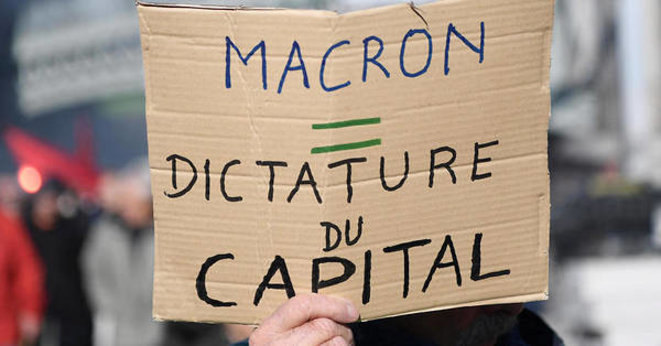Macron dictature du capital